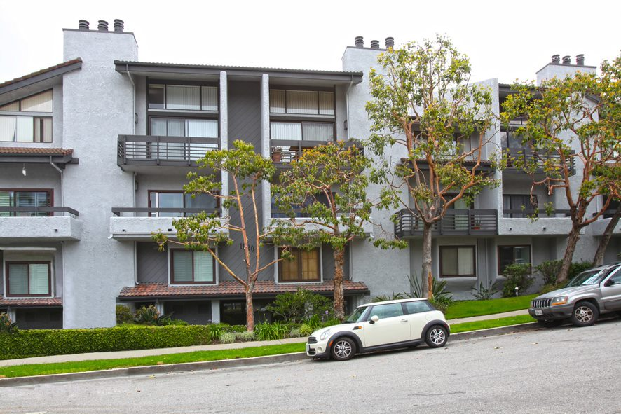 beverly-hills-houses-for-sale-luxury